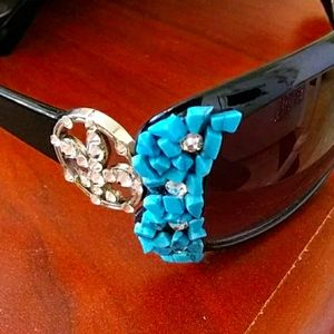 😎Sunglasses With Turquoise, & Rhinestone Accents